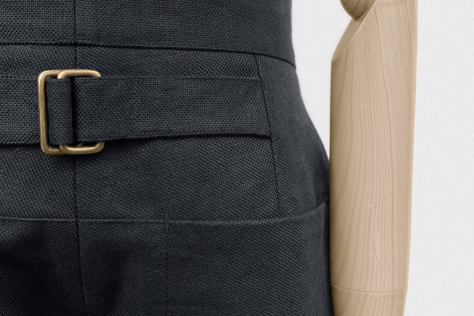slim-trouser-cotton-linen-hopsack-midnight-10@2x.jpg