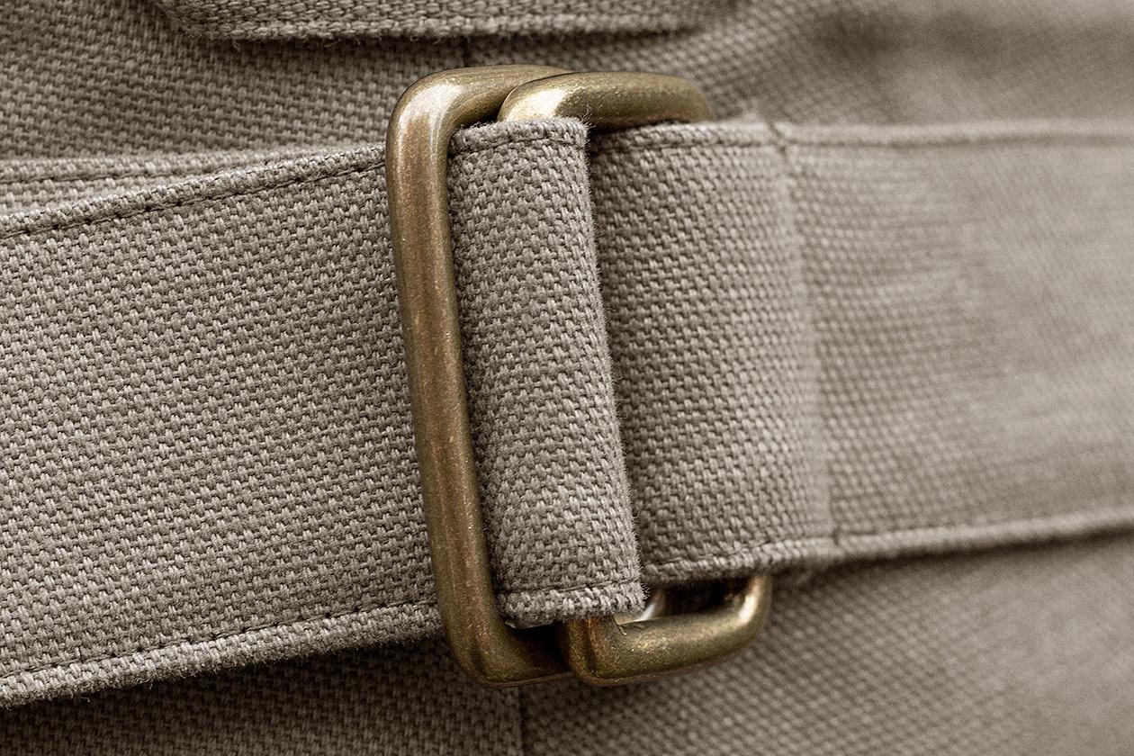 slim-trousers-cotton-panama-stone-8s@2x.jpg