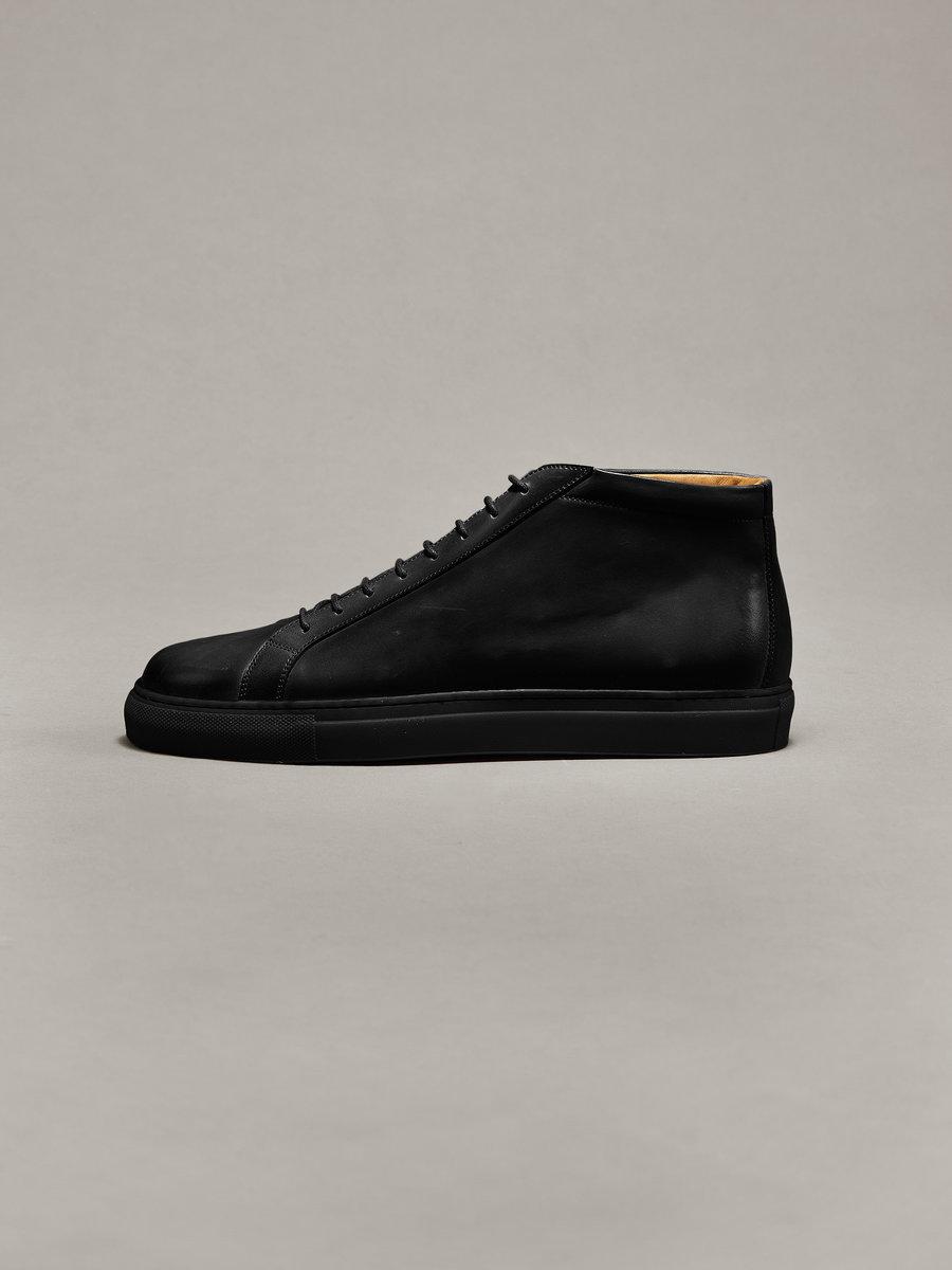 Sneakers - 05 - 001e.jpg