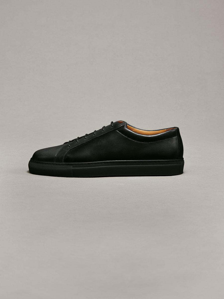 Sneakers - 14 - 001e.jpg