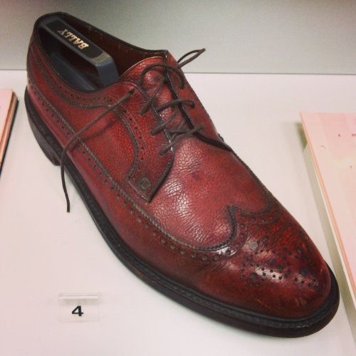 special-collections-point-blank-1967-lee-marvin-shoe.jpg