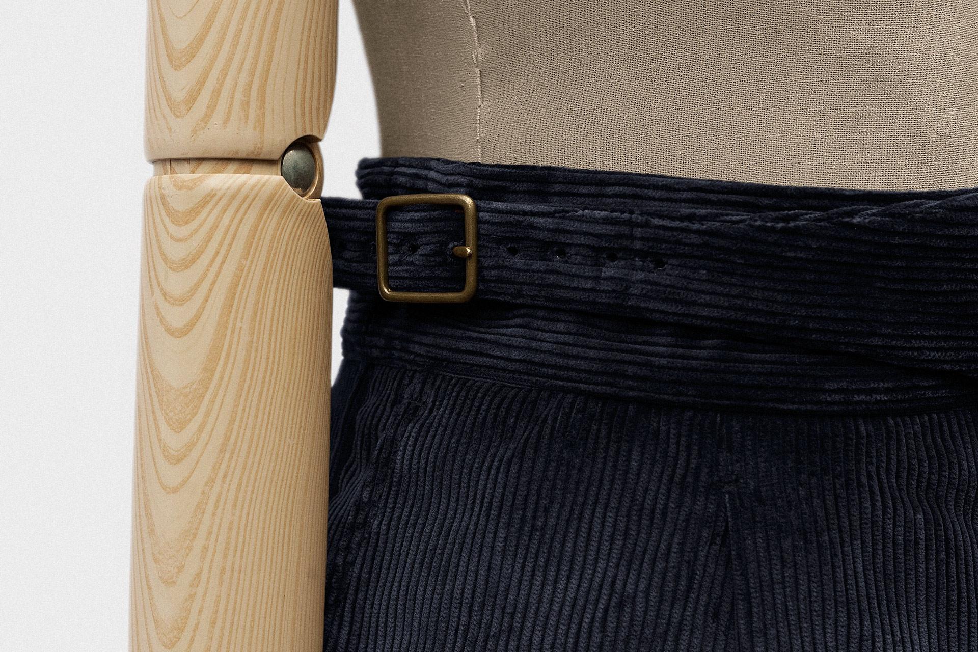 standard-trouser-heavy-cord-dark-navy-3@2x.jpg