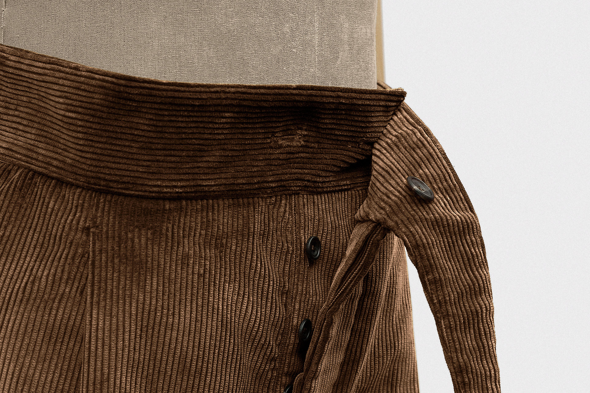 standard-trouser-heavy-corduroy-cedar-8@2x.jpg