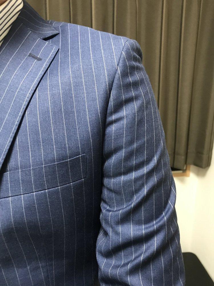 Suit fit arm.jpg