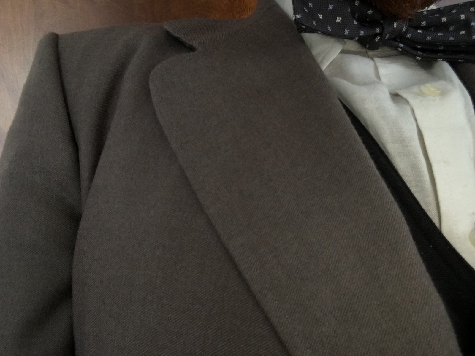 Taupe Odd Jacket Fit Right Shoulder.JPG