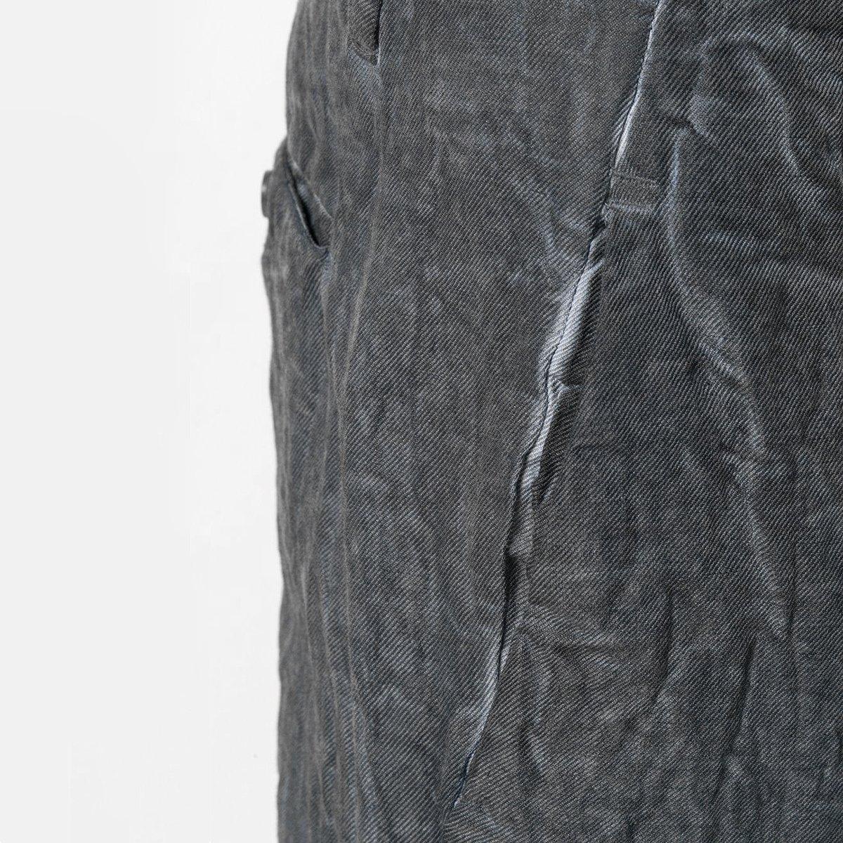 transit-Wrinkled-Trousers-detail.jpg