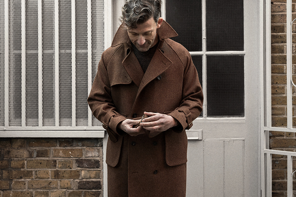 trench-coat-bedford-cord-russet-worn-3.jpg