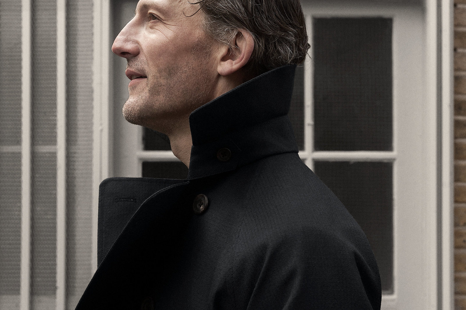 trench-coat-ripstop-cosmos-worn-1@2x.jpg