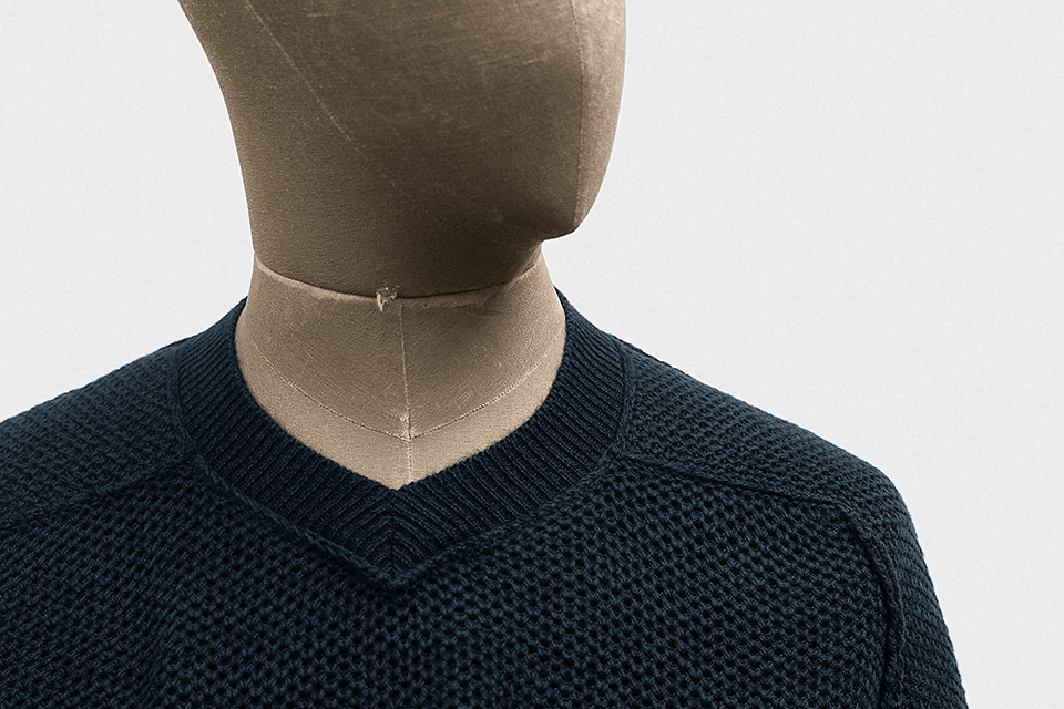 v-neck-cotton-admiral-blue-2.jpg