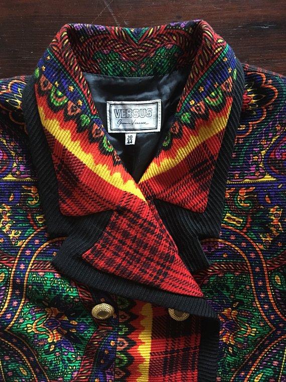 Versus Versace Coat 3 close collar.jpg