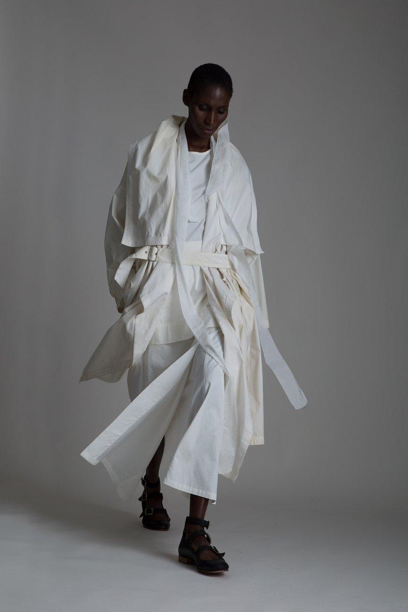 vintage-rick-owens-tank-top-yohji-yamamoto-skirt-issey-miyake-coat-givenchy-scarf-01-2084x3128.jpg