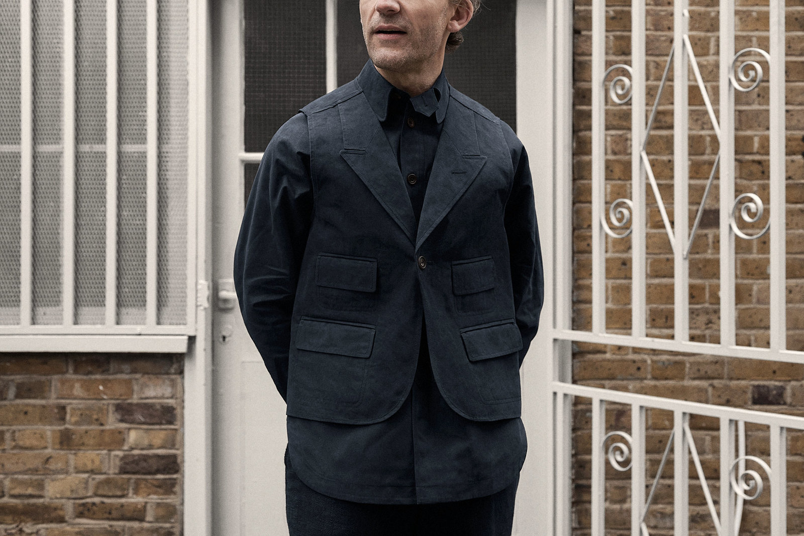 waistcoat-canopy-cotton-navy-worn-1@2x.jpg