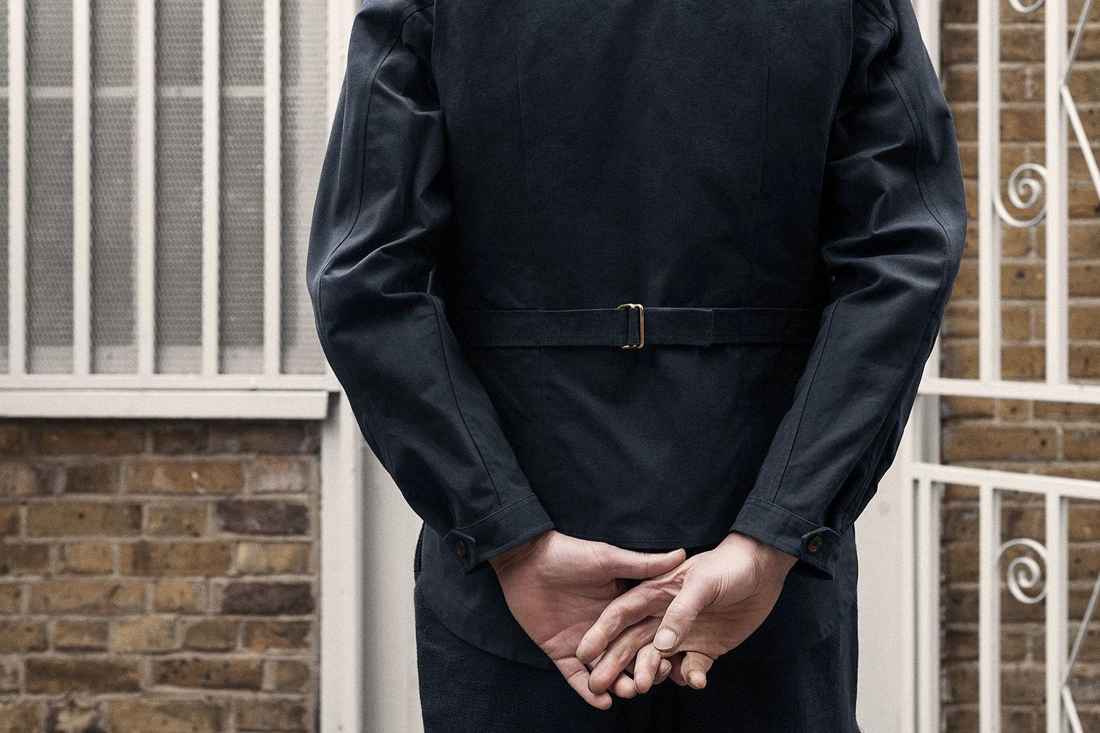 waistcoat-canopy-cotton-navy-worn-2@2x.jpg