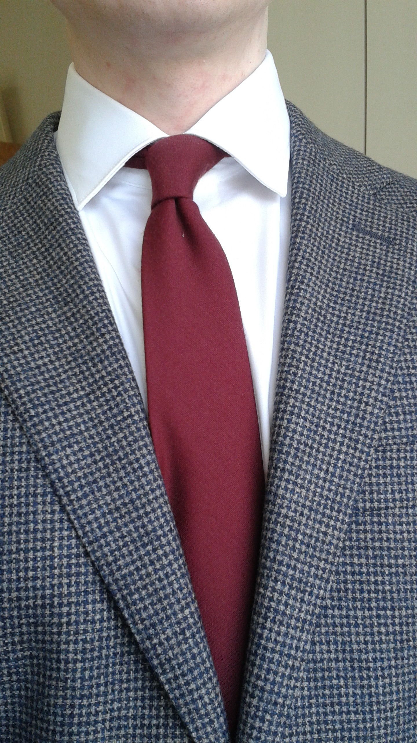 Good Makers For Basic Staple Ties Styleforum New Tie Knot Styles Diagrams Http Lenoeudpapillonblogspotcom 2012 I Think The Bars 70 30 Wool Silk Solid Are Particularly Nice Have This One In Burgundy