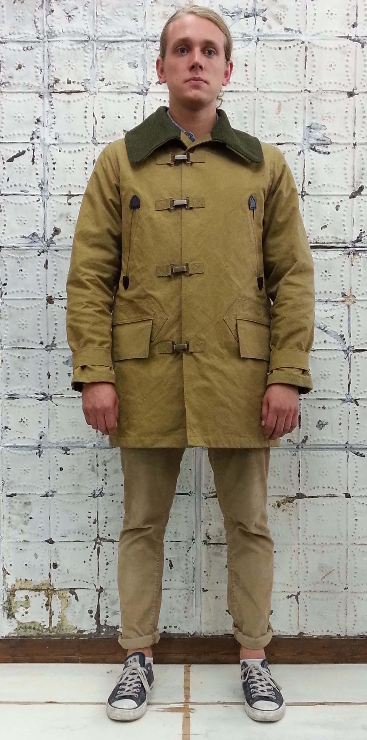 c7e2367fc37d Comparing other tan colored Jackets on Filson s web shop makes me believe  its the lighting that exaggerates the greenish yellows here (from  Mildblend).