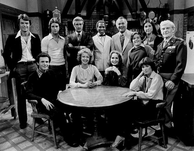 File source: http://commons.wikimedia.org/wiki/File:Soap_full_cast_1977.JPG