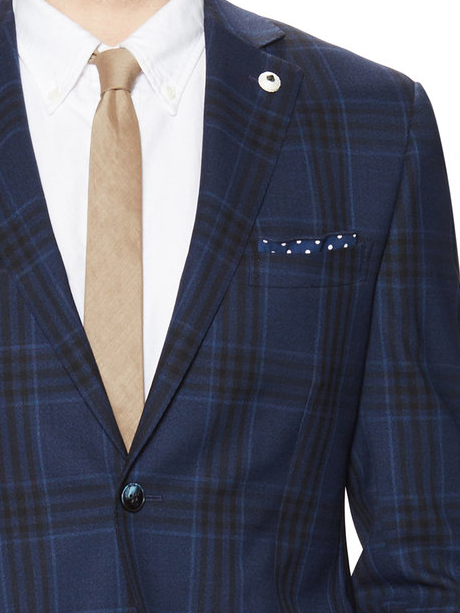 Help with matching a sport coat to this shirt for Sport coat with t shirt