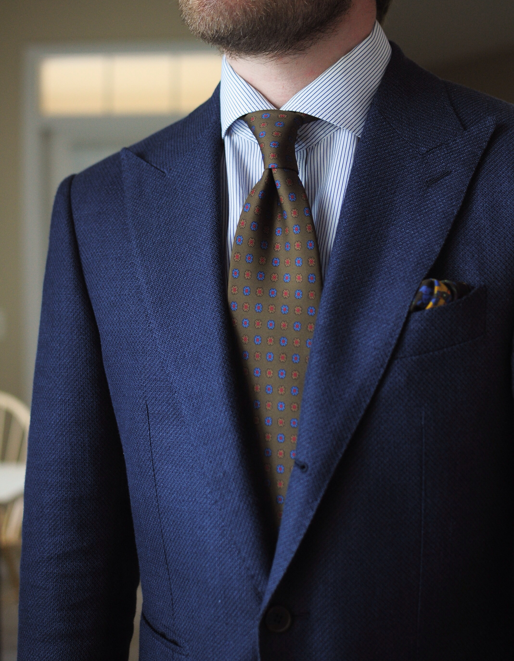 How do you create your tie dimple?