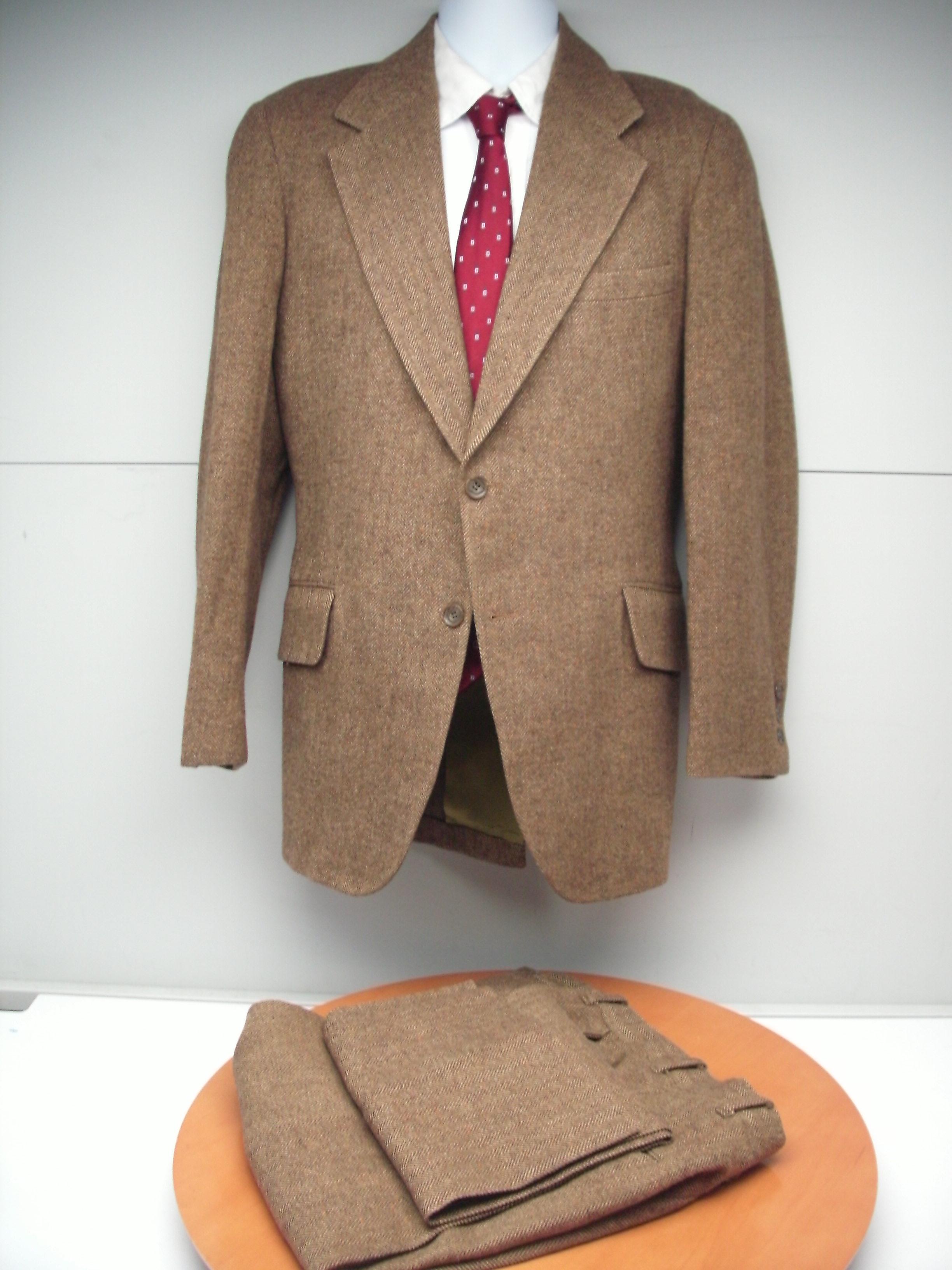 Tweed Suit (13).JPG