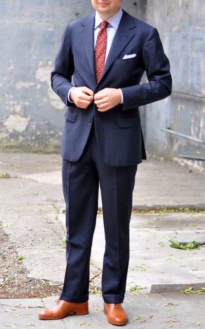 TheJournalofStyle-Grunwald-navy-suit.jpg