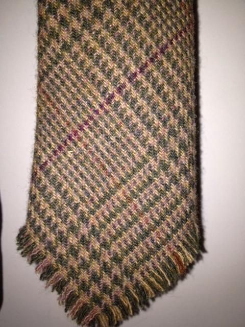 raggedy tweed tie.JPG