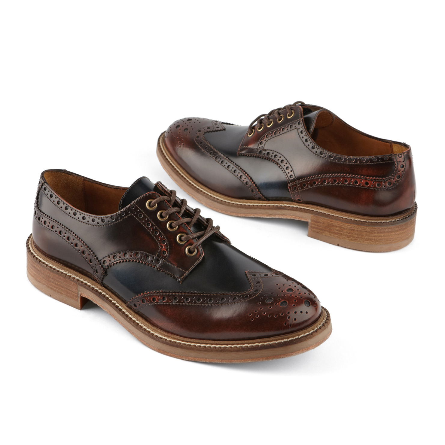 Option one: Dark brown and black wingtips (Mentzel)