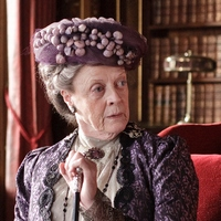 downton-abbey-violet-dowager-countess-of-grantham1-x-200.jpg
