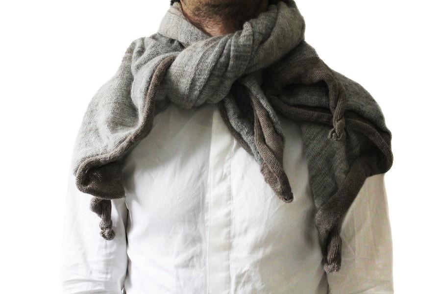 stephan-schneider-scarf-silky-beige.jpg