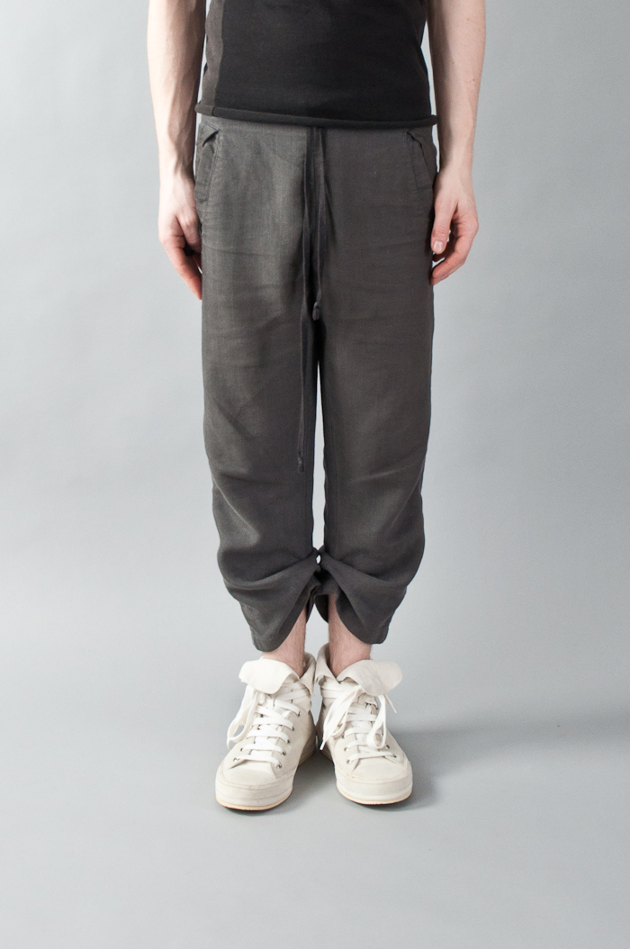 e31c4915_buttoned_cuff_summer_trousers-1.jpeg