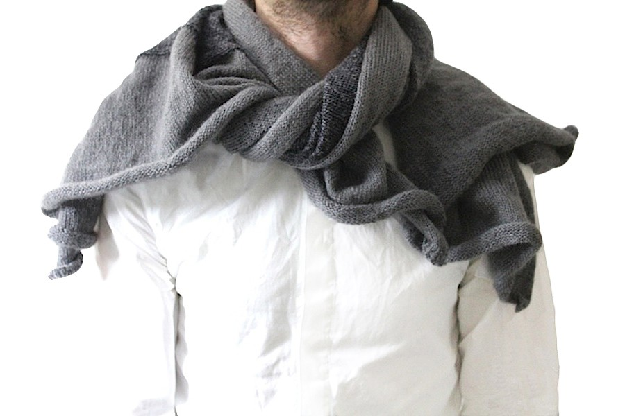 stephan-schneider-scarf-mohair-grey.jpg