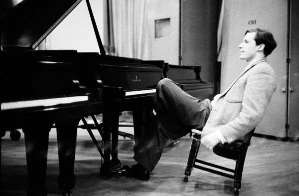 Glenn Gould, 5.jpg