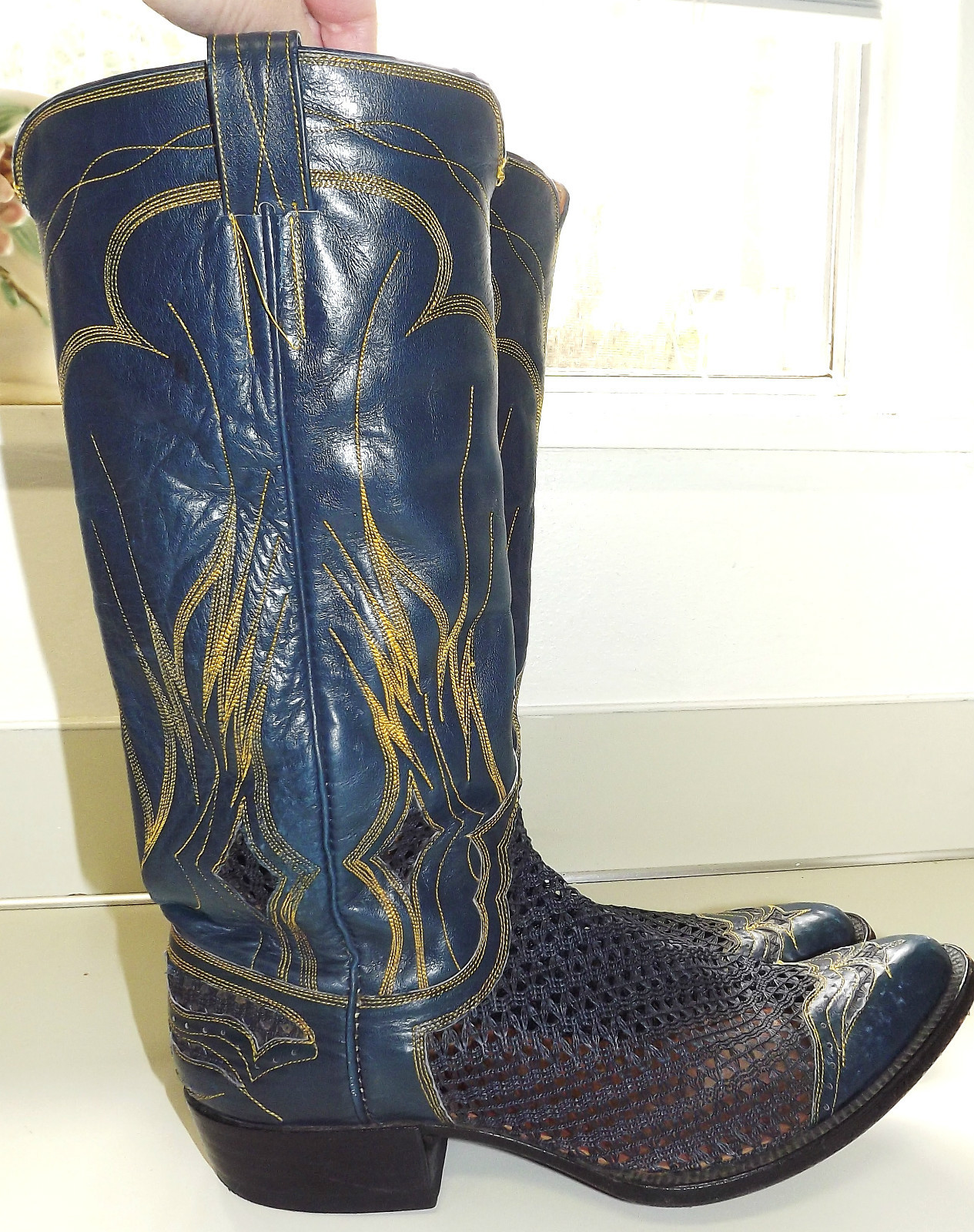Amazing Cowboy Boots  Celebrities Who Wear Use Or Own Ash Studded Cowboy