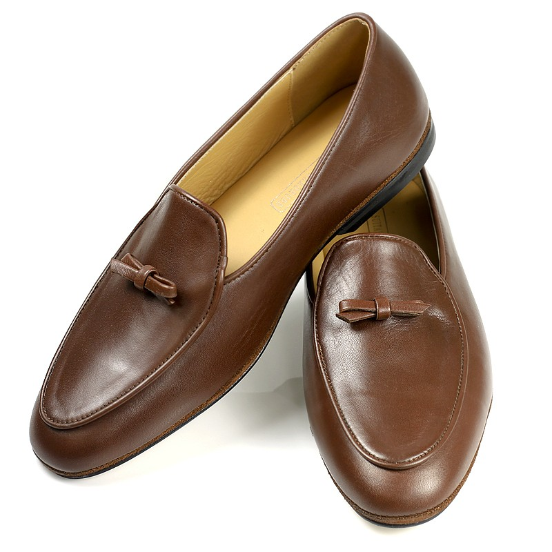Minimalist slip ons or albert slippers for Minimalist house slippers