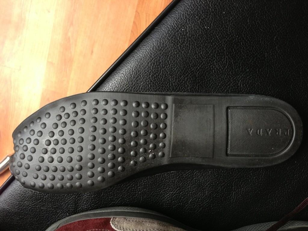 how to spot fake prada shoes