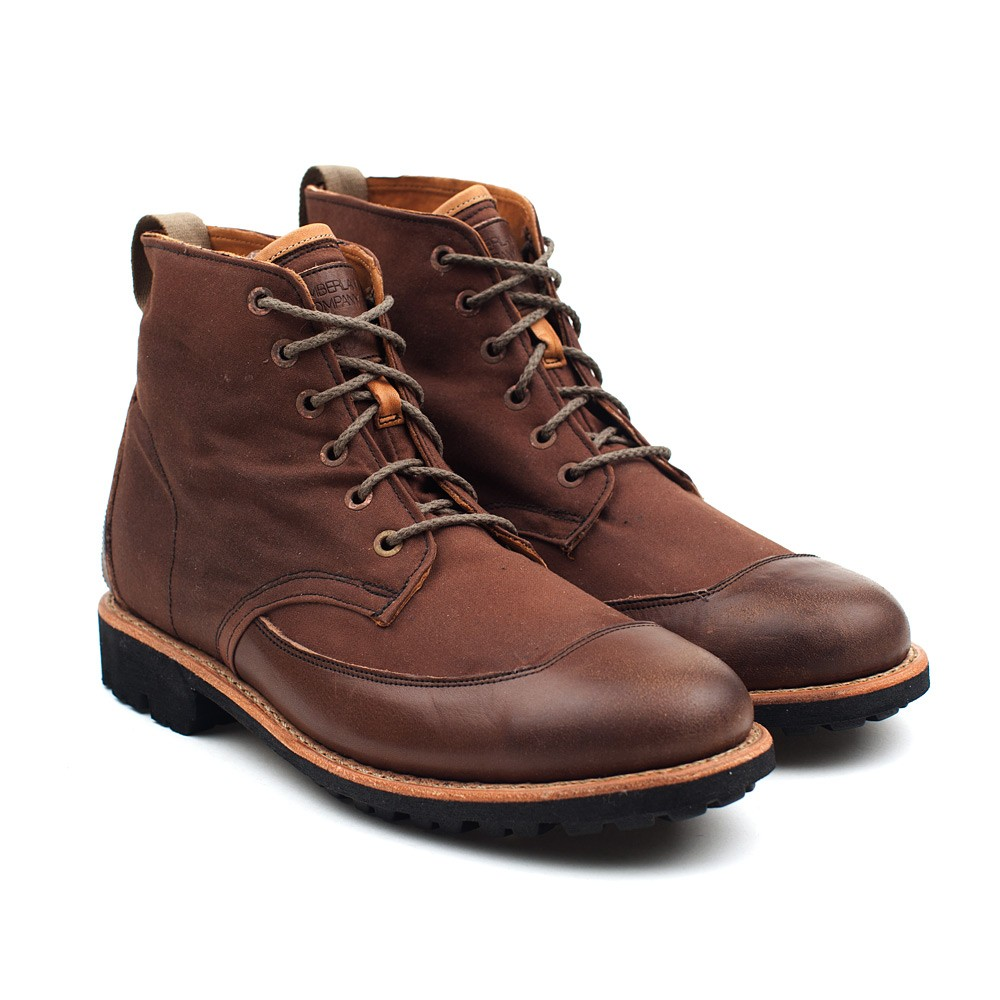 Winter Boots Ideas For Chicago Office Crossovers