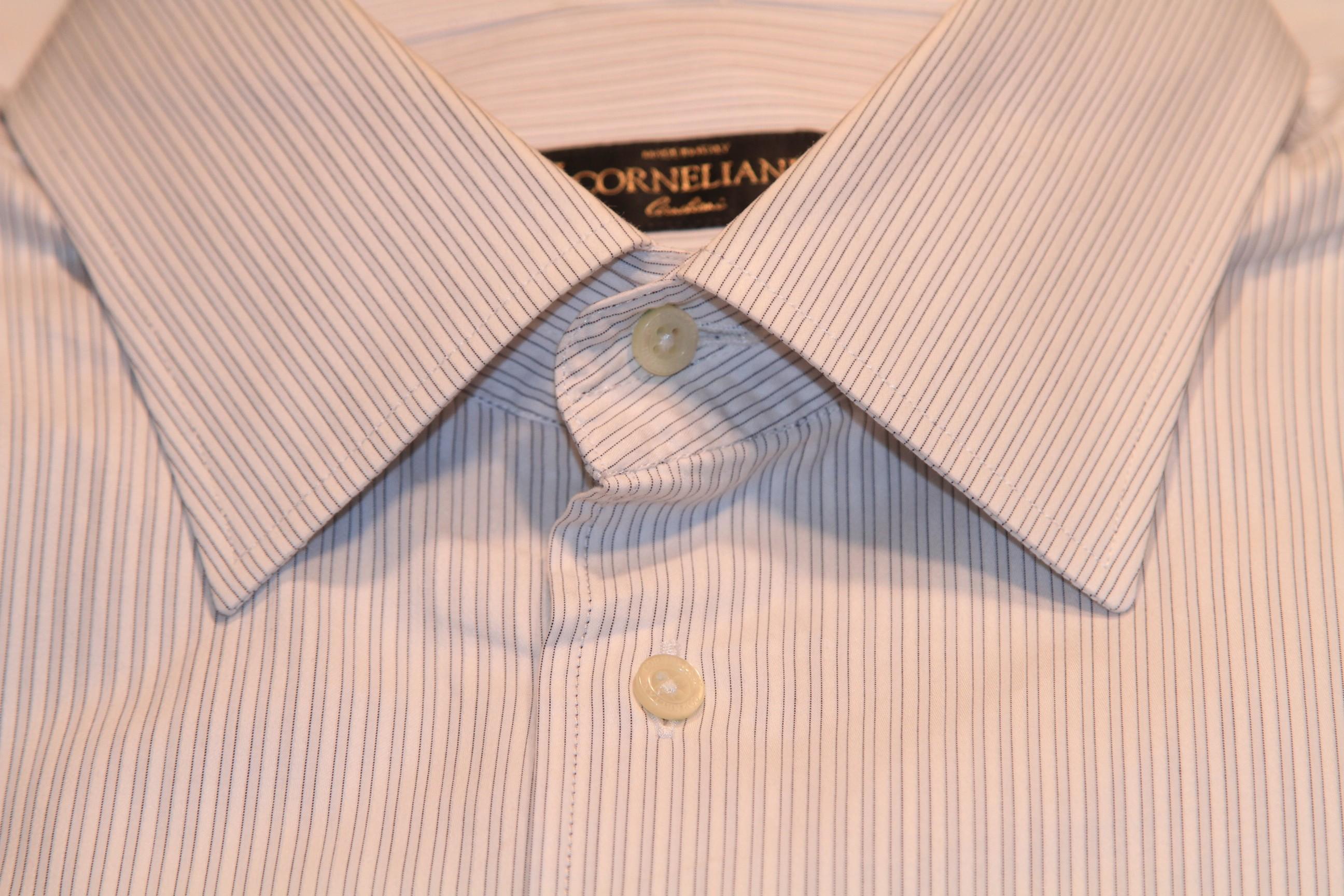 #19 - Corneliani 42/16.5 Light Silver with Light Silver Stripe