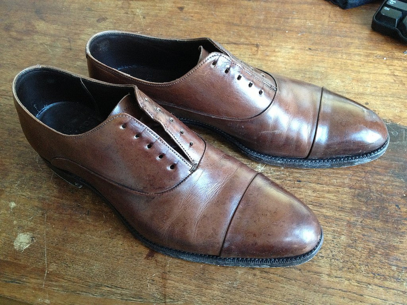 how to use saddle soap on shoes