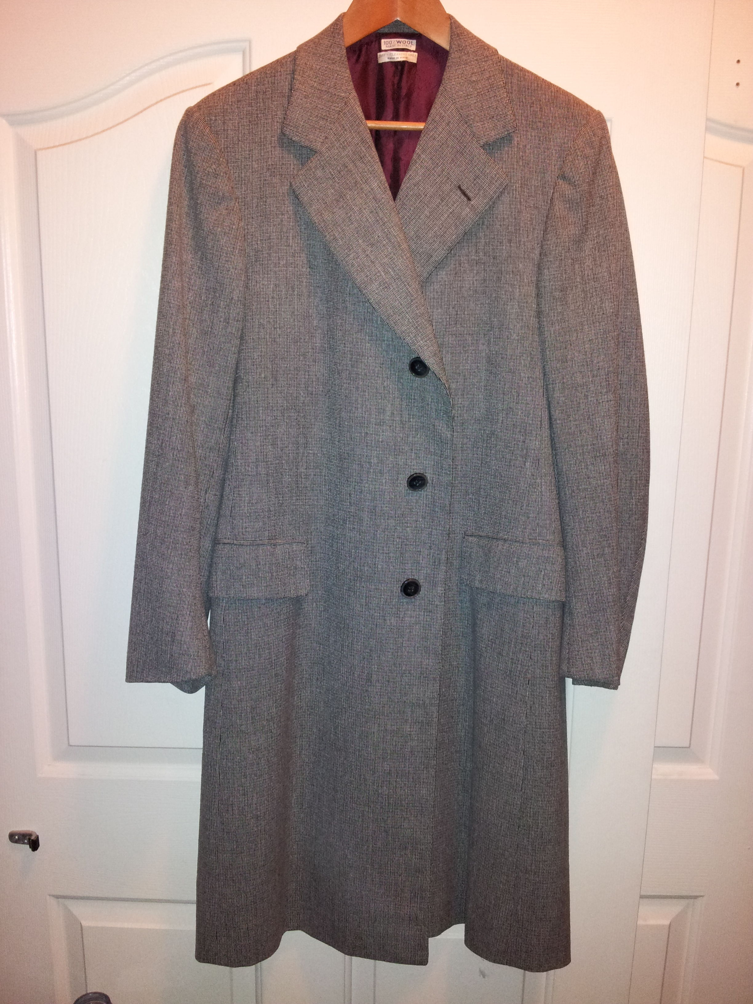 Good day My name is Ernesto, just bought a beautiful Roman Style By Brioni Alta Moda Maschile Roma Overcoat, It has also a name of Harry Cleveland, O. Please would love to know a little more about it. Also sending you some pictures. Thanks.