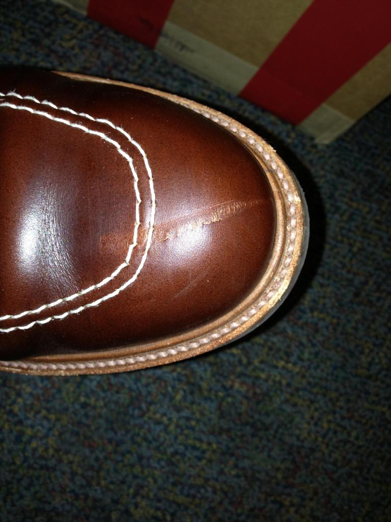 repairing fixing big scratches on leather shoes