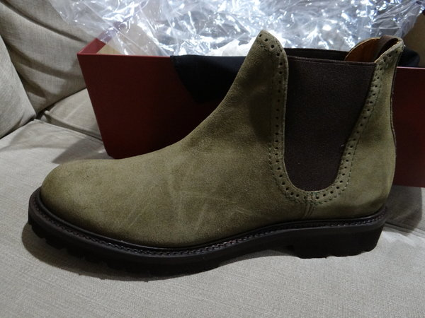 76865f5fe4c SOLD! NIB Wolverine 1000 Mile Cromwell Chelsea Boots Olive Suede ...