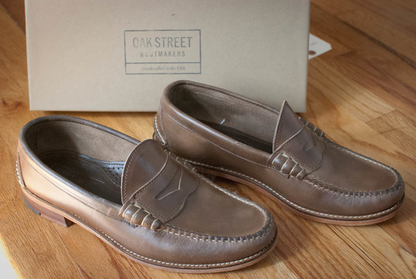 7126f2abee4 SOLD Oak Street Bootmakers Natural Beefroll Penny Loafer Size 9 ...