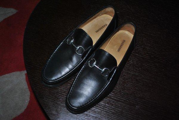 Magnanni black horsebit loafers, US10