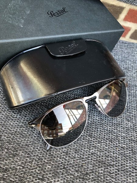 fd4d434958 Persol PO8649S 1045M3 56 Dark Horn Polarized Green Gradient Pilot Sunglasses  56 18 145 comes with hard case and cleaning cloth
