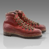 ike_hiking_boots