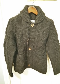 Kanata Hand Knits Sweater (BLACK) (XS-S)