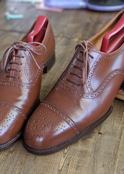 John Lobb Tan Captoe Full Brogue Oxfords Approximately 10D UK