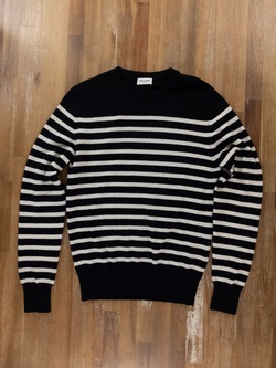 $1190 SAINT LAURENT black 100% cashmere sweater - Size Small - NWOT