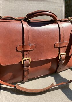 Price drop: Lotuff Bridle English Briefcase, Chestnut