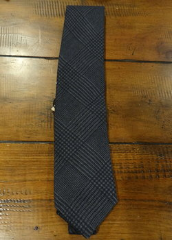 FURTHER PRICE DROP! NWT Drake's Navy Prince of Wales Check Wool Tie