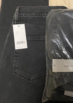 Bundle 4 NWT Jeans (31)